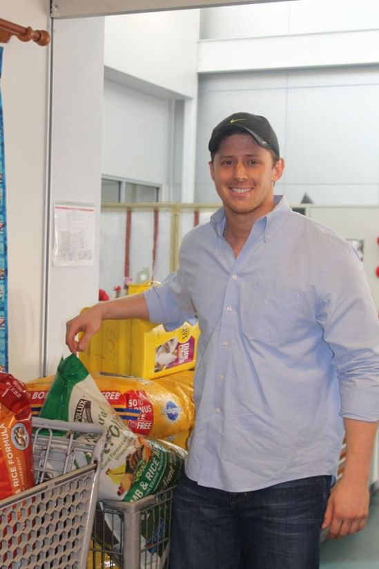 cats, dogs, Animal Shelters, Dallas Animal Shelter, Giving Tuesday, Donations, cat litter, giving back, Bryce Vucekovich