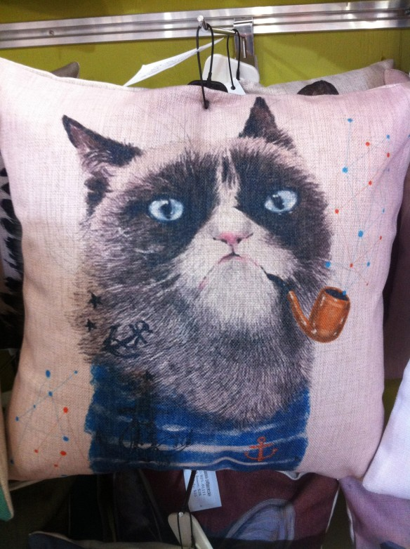 cats, Grumpy Cat, Mumoo Pillows, Owl Monkeys, accessories for the home, through pillows, Toronto, Blue Banana Market, Kensignton Market, Famous Internet cats, Christmas Gifts, Holiday Gifts, Tardar Sauce the cat, shopping,