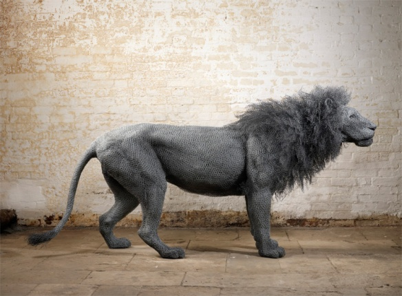 Kendra Haste, Sculpture, Lions, zoos, captivity, Tower of London, Cats in art, Lion Sculptures, Wildlife in captivity, babary lions, extinct cats, ancient wildlife trade, big cats,