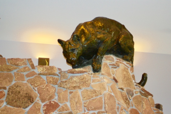 The National Museum of Wildlife Art, pumas, sculpture, cats in art, mountain lion, wildlife, Kenneth Bunn, bronze sculpture, wildlife art, Jackson Wyoming, travel, big cats